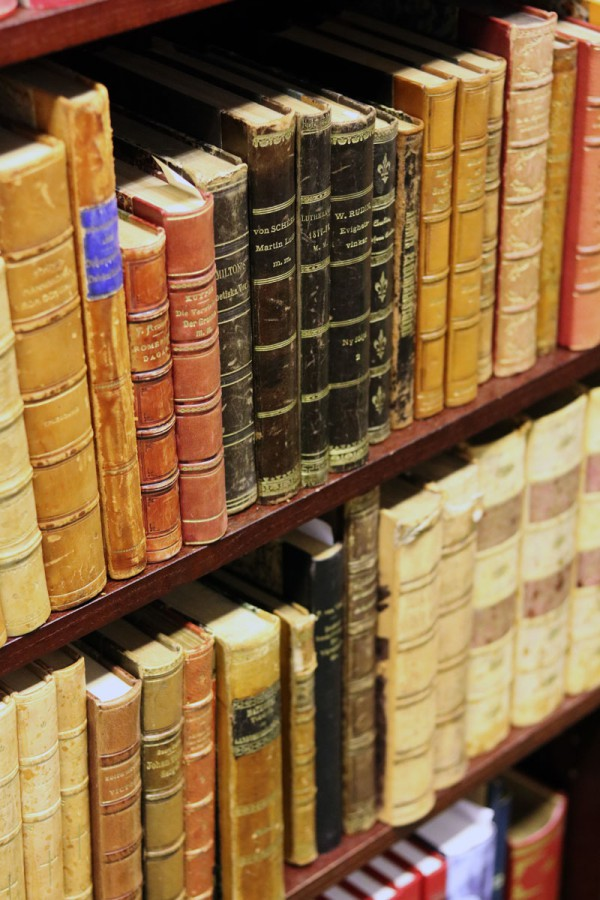 Antikvariat böcker